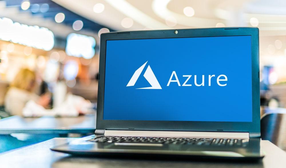 ordinateur portable avec un logo de Microsoft Azure